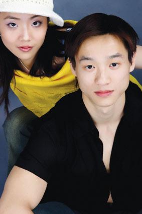 组图:杨威杨云情侣档亲密出镜 做客搜狐畅想08