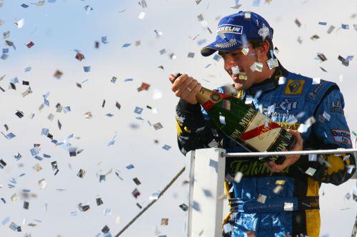 图文:马萨夺取F1巴西站冠军 总冠军获得者