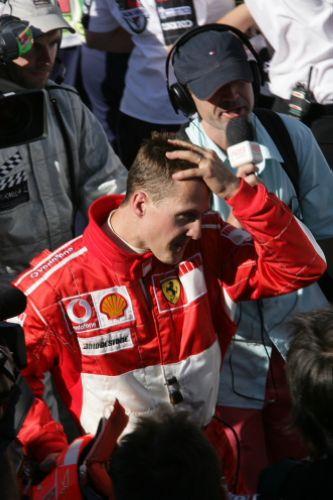 图文:马萨夺取F1巴西站冠军 舒马赫留有遗憾