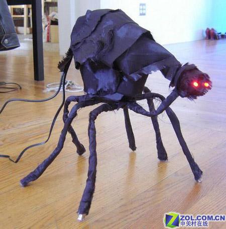 黑蜘蛛造型的USB集线器改造