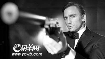 """邦女郎齐赞""""邦德""""克雷格 被评""""最性感007"""""""