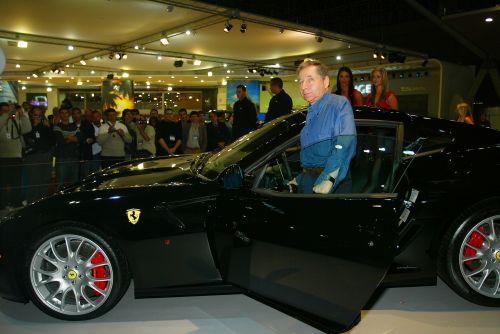 图文:托德将担任法拉利CEO 和自己心爱的汽车