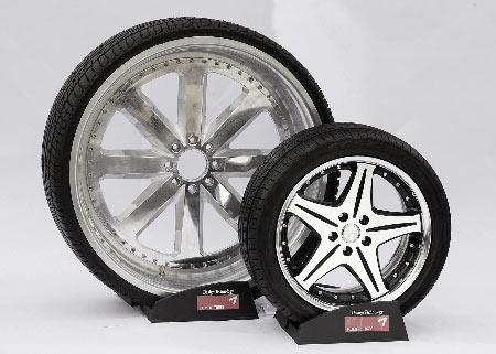 锦湖率先研发出全球第一款32英寸SUV轮胎