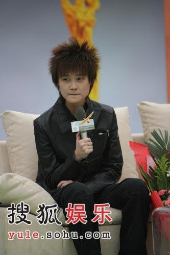 李宇春工作累想当植物人 蜡笔小新是最佳男友