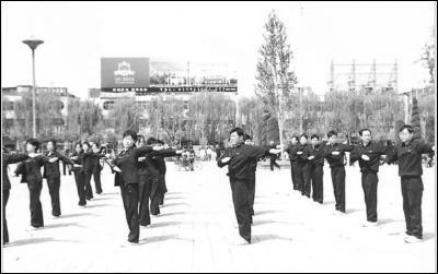 河南省漯河市郾城区检察院:干警少了一半荣誉