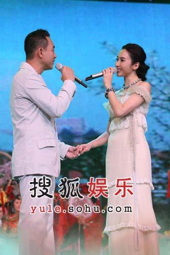独家:林保怡黎姿牵手共唱《金枝欲孽》主题曲