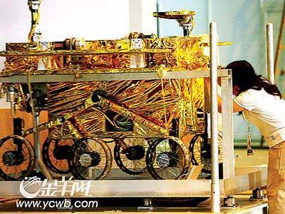 珠海航展秘密武器 月球车预演2012年探月(图)