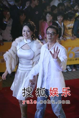 金鹰节红地毯精彩图片-刘威与宋佳