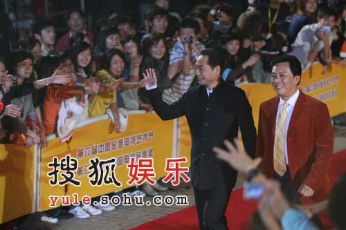金鹰节红地毯精彩图片-唐国强和刘劲