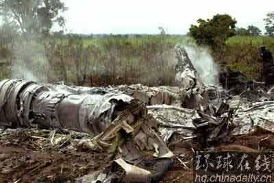 尼日利亚找到空难飞机黑匣子 事故原因仍在调查