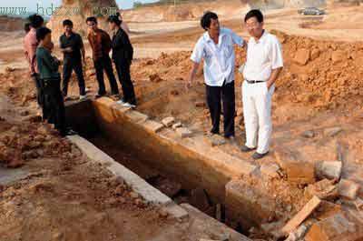福建考古专家发现唐代墓葬 随葬品保存完好(图)