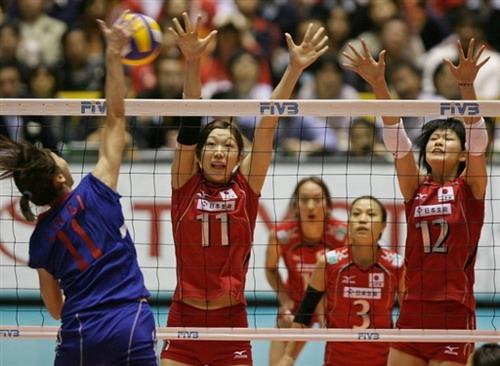 图文:女排世锦赛中国台北3-1日本 进攻线路