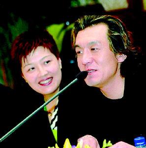 哈文力挺老公:观众说李咏马脸他根本不生气