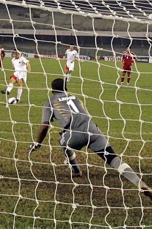 图文:亚青赛中国VS阿联酋 点球打开胜利之门
