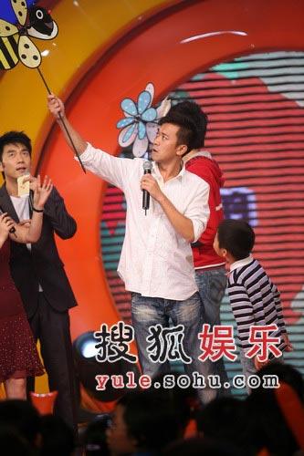 王学兵与范冰冰同台表演 坚称是好友没有恋爱
