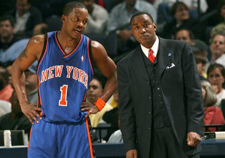 NBA图:尼克斯险胜灰熊 弗朗西斯和教练托马斯