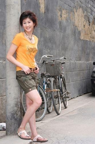 朱琳在博客相册中上传的生活照图片