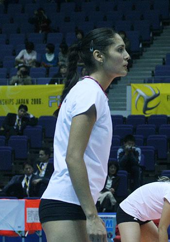 图文:女排世锦赛第三日 墨西哥队员神情专注