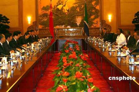 胡锦涛同姆贝基会谈 提4建议加强战略伙伴关系