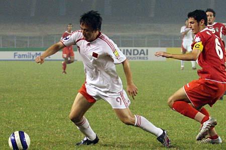 图文:亚青赛中国1-2不敌约旦 王永珀摆脱