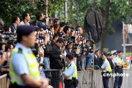 王忠禹致悼词 称霍英东逝世是国家及香港损失