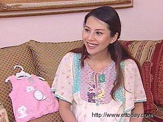 洪晓蕾怀孕只胖10公斤 11月10日凌晨将剖腹产