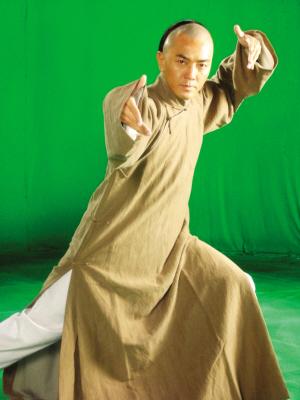郑伊健为《霍元甲》研读迷踪拳 已有武师风范