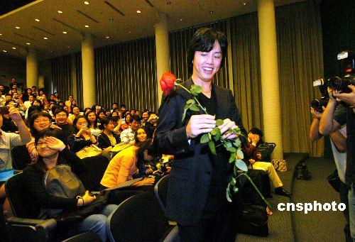 钢琴家李云迪:喜欢香港活力 做香港人很开心