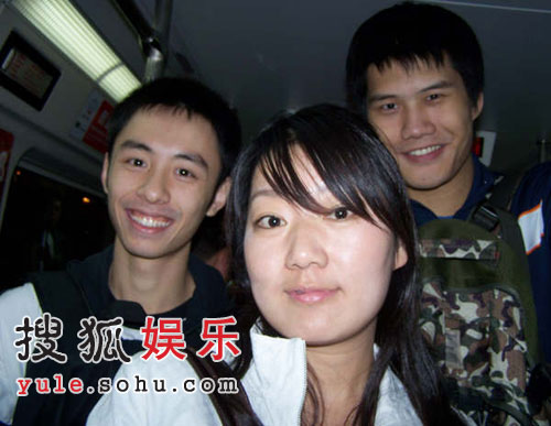 后舍男生北京地铁巧遇粉丝 正在潜心学习声乐