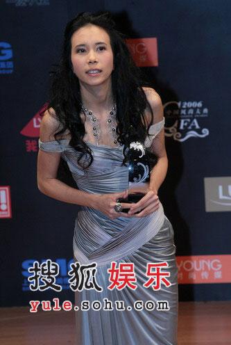 香港风尚女歌手奖:莫文蔚