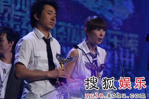 独家:s翼乐团和信乐团夺得两大组合奖项