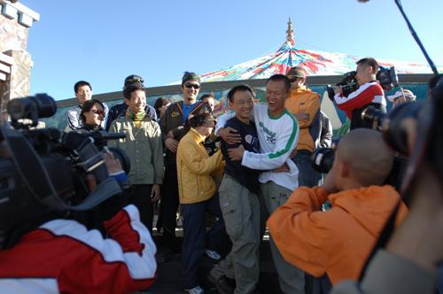 图文:《我是冠军》第四战 吴联合轻松面对淘汰