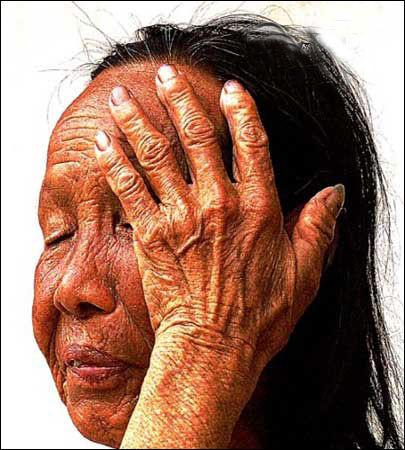 一位劳动母亲的手第[1][2][3][4][5][6]页-摄影 灵与肉的震撼 十双不同手的