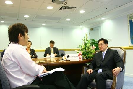 香港卫生福利和食物局局长周一岳:期待成功