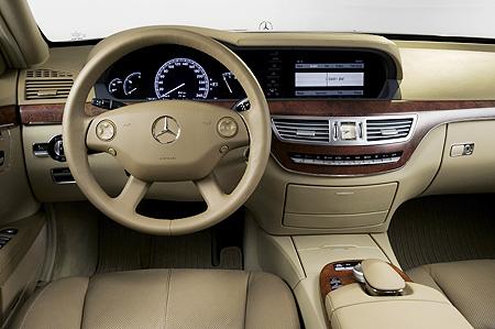 全新奔驰S300加长版将在北京国际车展上市