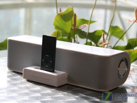 漫步者 M33和iPod nano 2