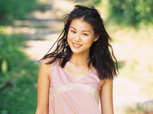 图文:香港TVB签约女艺人-胡杏儿