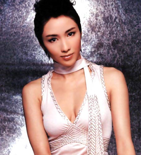 图文:香港TVB签约女艺人-黎姿