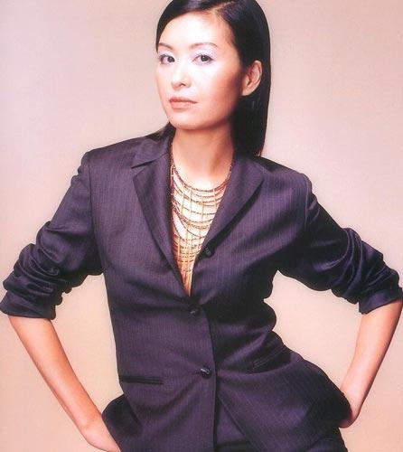 图:香港TVB签约女艺人-伍咏薇