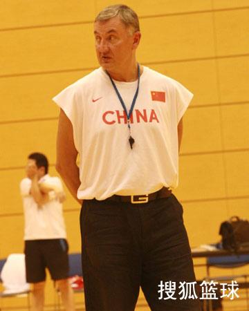 CCTV体坛风云人物候选人(2006年度)-尤纳斯