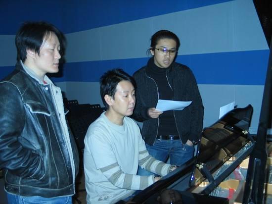 预告:17日15时新加坡音乐人李伟菘做客