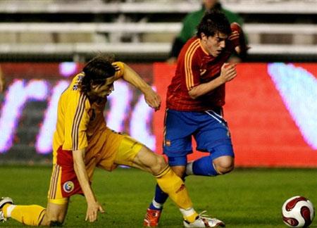 热身赛-西班牙0-1罗马尼亚 阿拉贡内斯再出昏招