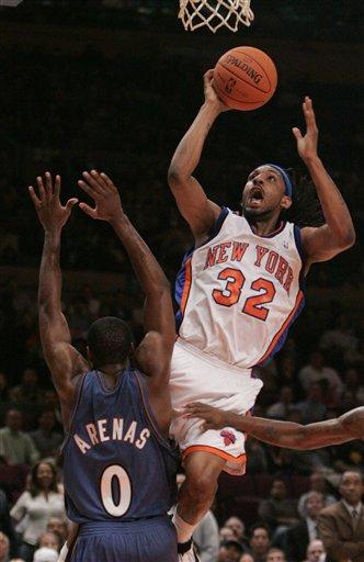 NBA图:尼克斯胜奇才 巴尔克曼挺身投篮