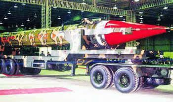 巴基斯坦称成功试射中程弹道导弹 可携带核弹头
