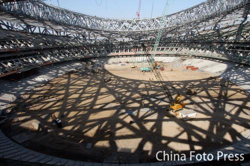 """2008主会场——国家体育场""""鸟巢""""钢结构整体卸载基本"""