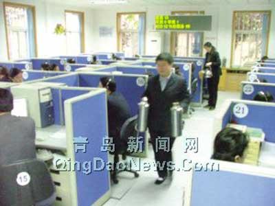青岛昨首日供热爆管频发 热线被打两万次(图)