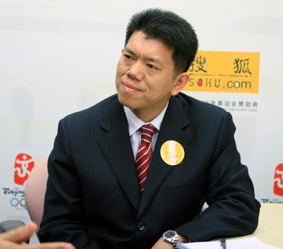 郝演苏方志男谈WTO过渡期后的中国保险业开放