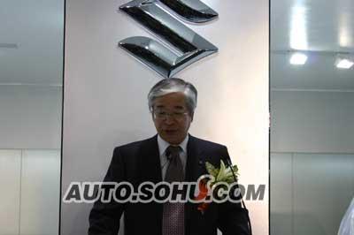 """全球首发战略车 """"天语 SX4""""正式亮相"""