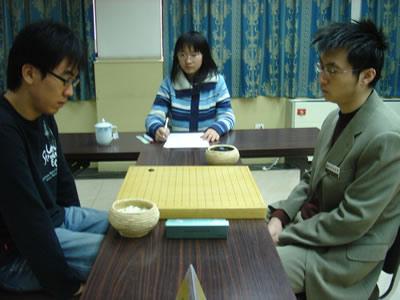 组图:围甲第17轮贵州内战 王磊朴正祥主将之战