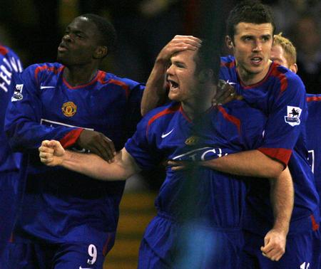图文:曼联2-1胜谢菲尔德联 鲁尼攻入一球